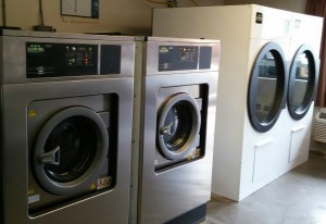 Gadsden-inn-commercial-laundry